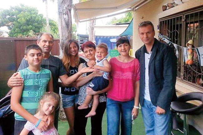 После смерти жены он в одиночку растил 6 детей. Только взгляни, КАК его отблагодарила судьба!