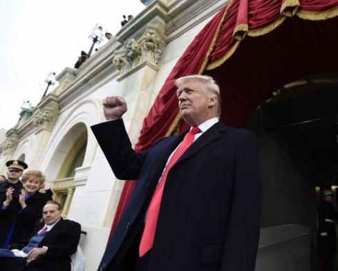 Александр Роджерс: Дональд Трамп — и вновь продолжается бой!