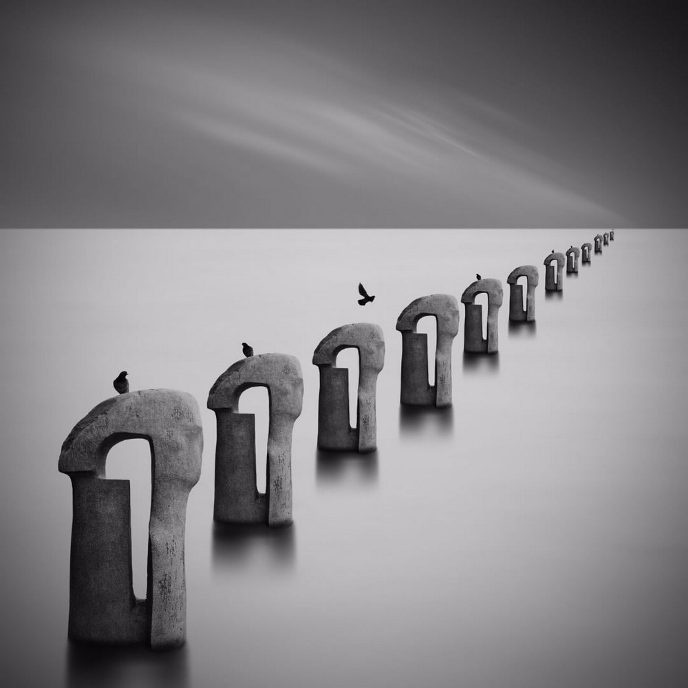 Чёрно-белые пейзажи, уходящие за пределы реальности. Фотограф Джордж Дигалакис 9