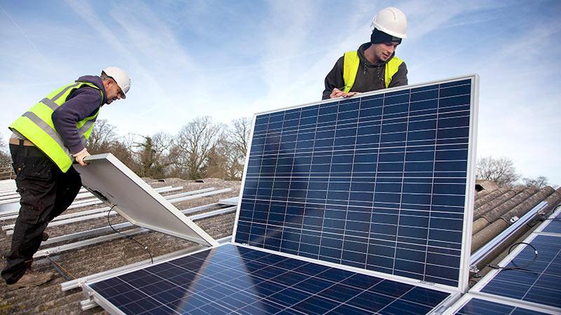 Присосутся к частному: Солнечную и ветряную энергию оформят законодательно