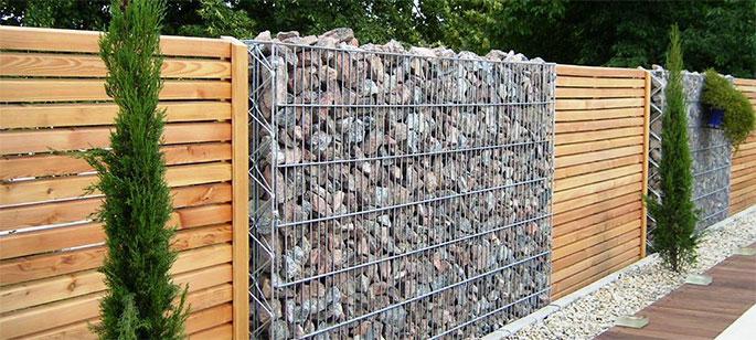 идеи для дачи каменный забор