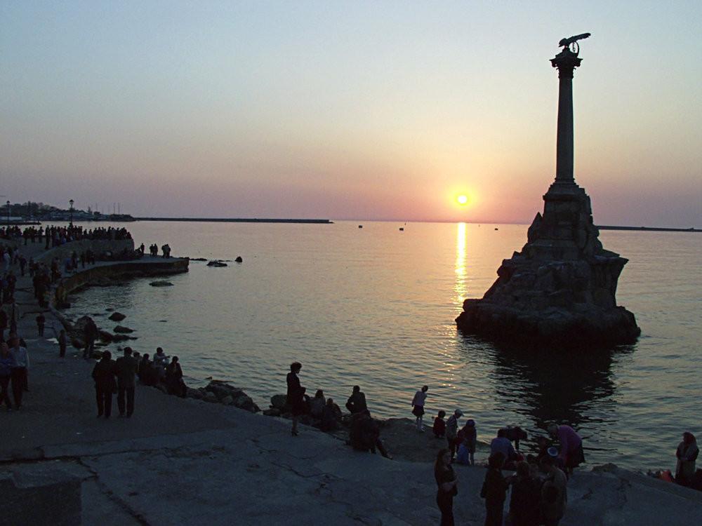 Памятник затопленным кораблям в Севастополе РИА Новости, Д. Коробейников.jpg