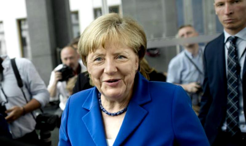 Ангелу Меркель пообещали отвезти в Сибирь