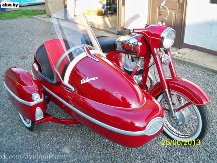 Ява-350 с коляской 1969 года выпуска.