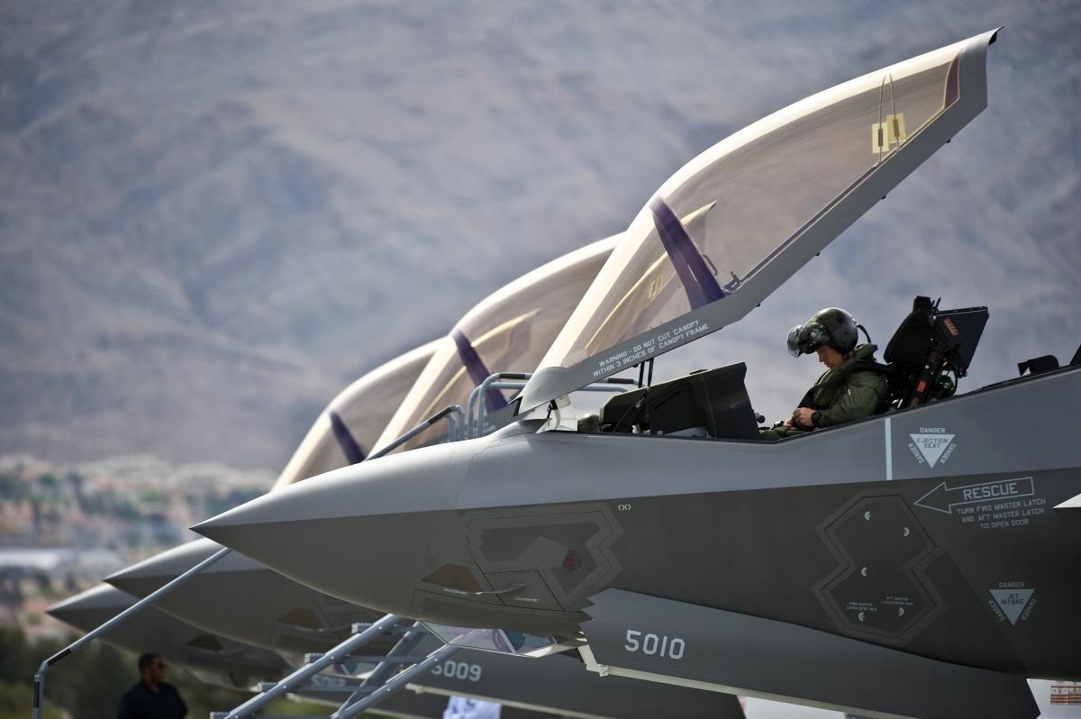 У F-35 обнаружилась новая «фича», пока инженеры отучивали самолёт душить пилота