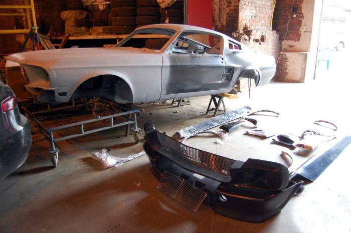 Диван, изготовленный по матрице заряженного Ford Mustang Fastback