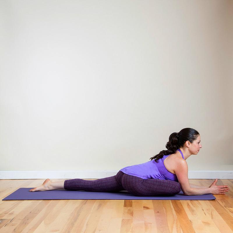 8 простых упражнений для разминки бедер. Отличная разминка для тех, кто ведет сидячий образ жизни.