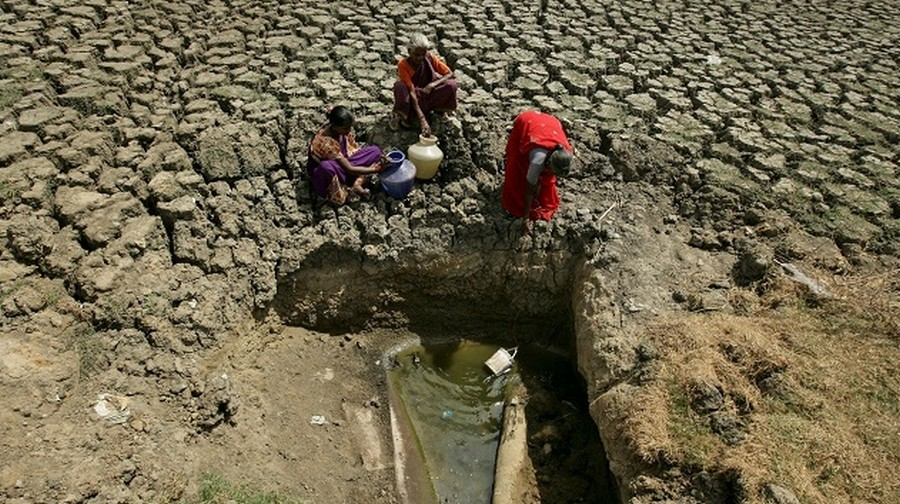 В городе Ченнаи с 9 миллионным населением закончилась вода
