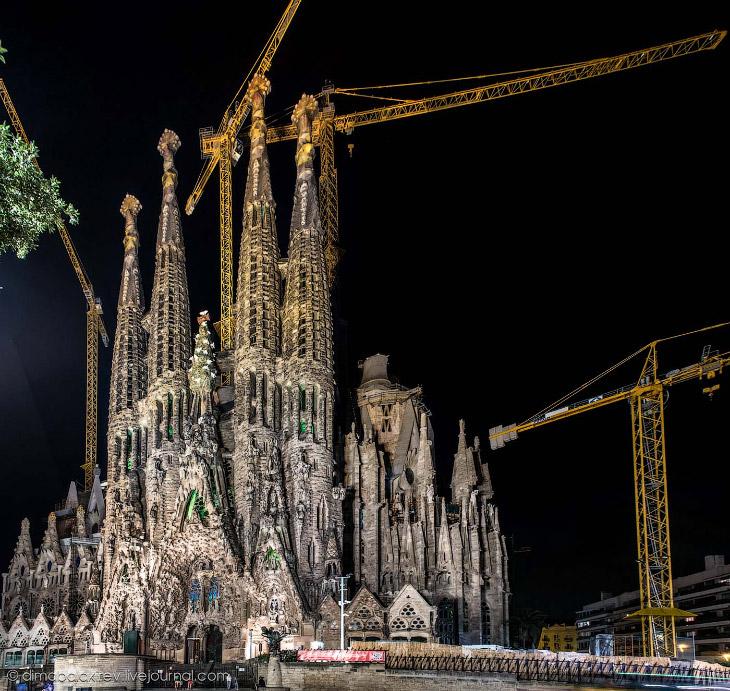 Sagrada Familia или Храм Святого Семейства