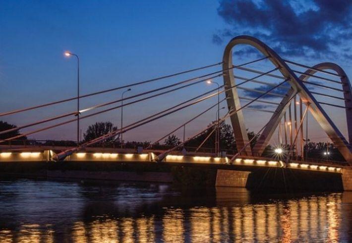 Мост-парус и мост без реки: 9 самых необычных мостов Петербурга