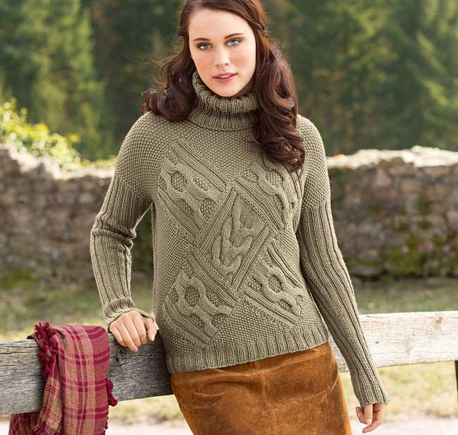 Необычный свитер с косами