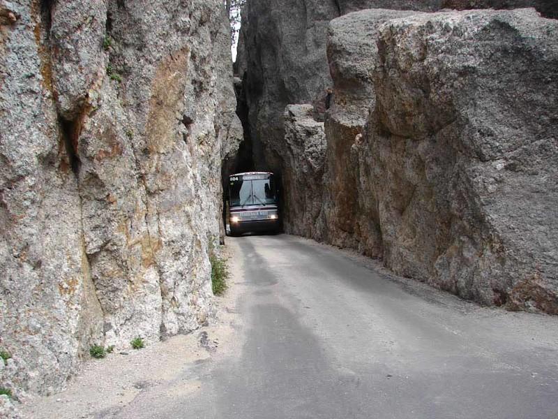 5. Тоннель Голиань железная дорога, интересно, непроходимые места, опасные дороги, тоннель, фото