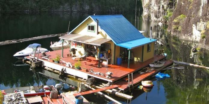 Плавучий дом площадью 63 кв.…