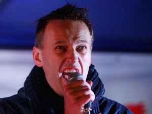 Навальный трусливо слился с митинга