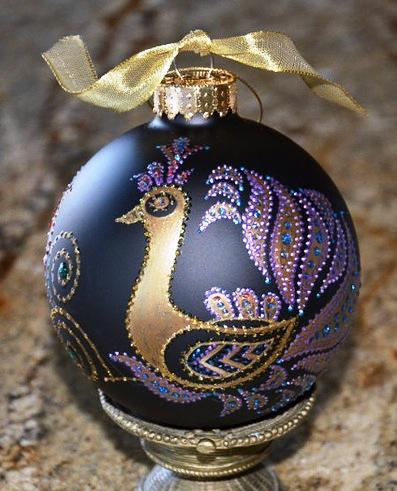 Роспись на елочных шарах — чем вам не настоящая живопись? Такая роскошная красотень!