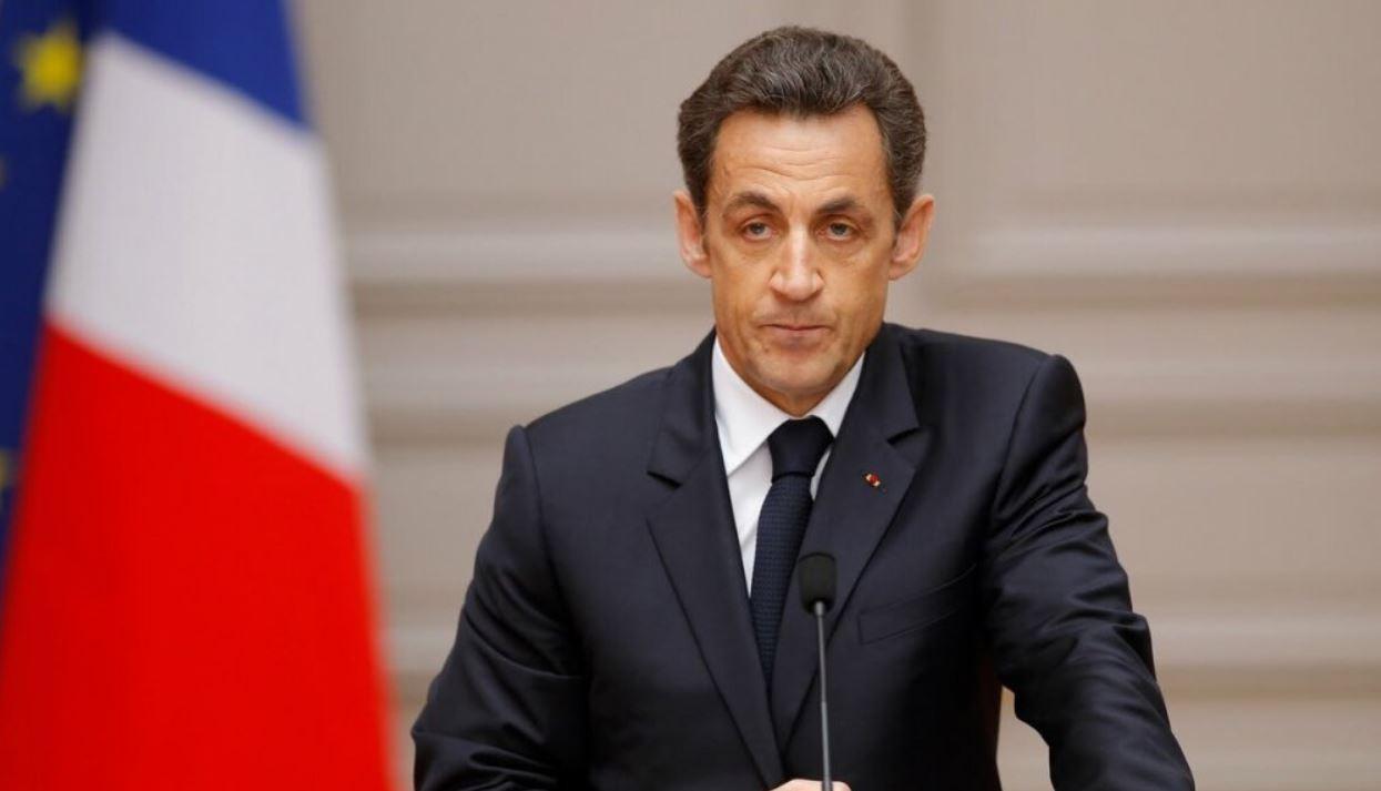 Опрометчивое решение Парижа, стоящее целого состояния в пользу России