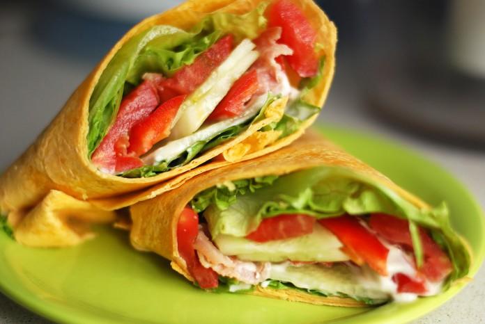 Тортилья с овощами — лучший завтрак на выходных. Легкий и малокалорийный завтрак — это прекрасное начало дня