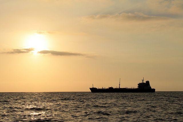 СМИ назвали дату прибытия танкера с российским газом в США