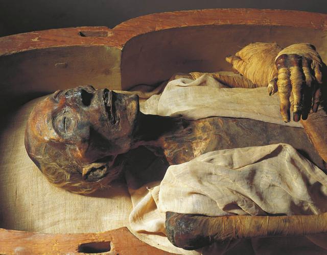 Загадка следов никотина и кокаина в древних мумиях Старого Света