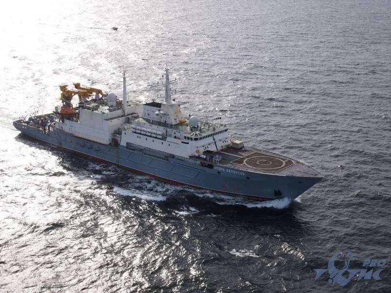 Спасательные суда для подводных лодок: в ожидании строительства