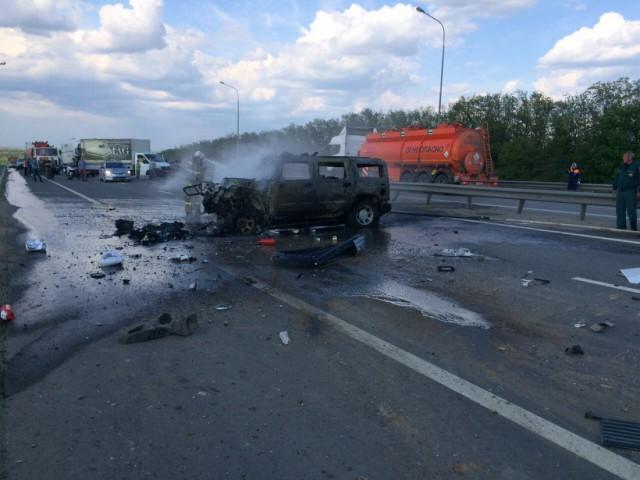 Смертельное ДТП: «Хаммер» столкнулся «лоб в лоб» с грузовиком «КамАЗ»