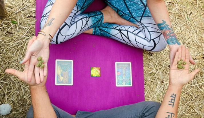 «Конопляйф»: в США открыли центр «психоделической йоги» с марихуаной