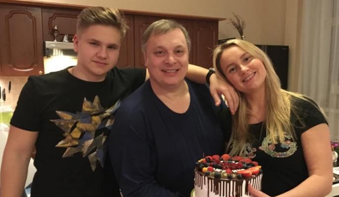 Сын Андрея Разина умер на улице