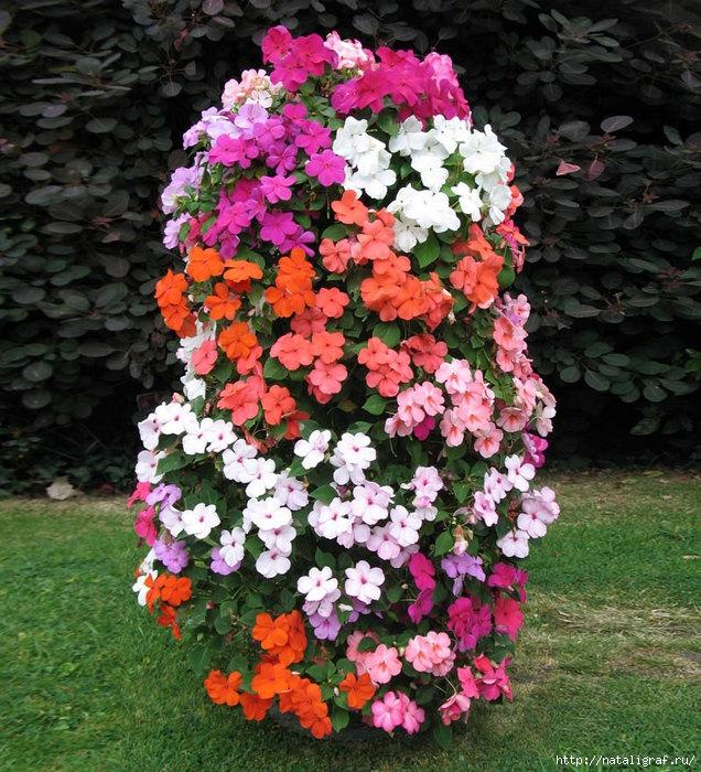 4045361_flowertowerfreestandingplanter2 (636x700, 371Kb)