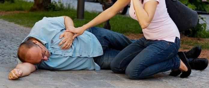 За месяц до сердечного приступа — ваш организм начнет вас предупреждать: Вот 6 главных симптомов!