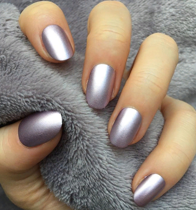 Ногти с металлическим эффектом. | Фото: 9slim.