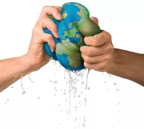 Люди намеренно уничтожают землю или по глупости своей?