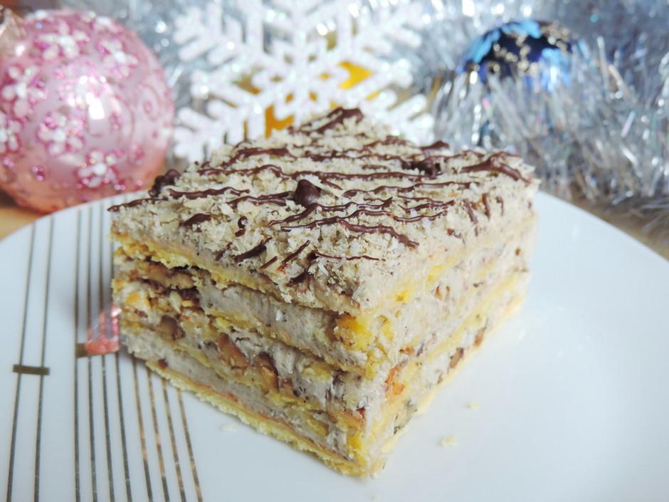 Торт «Лакомка» с кремом из халвы