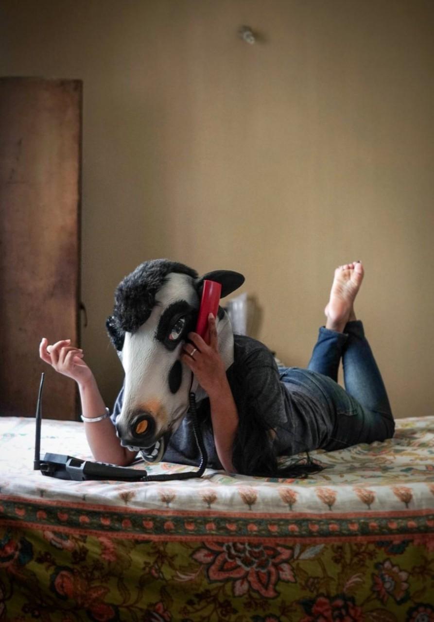 Женщина или корова: кто в Ин…