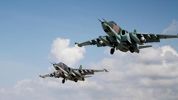 Боевые самолеты летят в Сирию