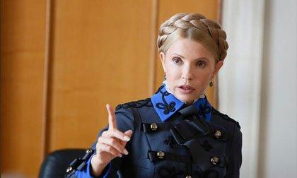 Юлия Тимошенко заявилась в Раду в генеральском кителе