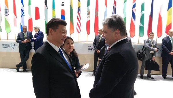 Порошенко попросил Китай оказать помощь в возврате Крыма
