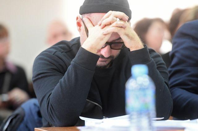 Серебренников сообщил в суде о поездке на прощание с матерью