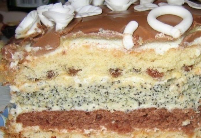 Торт проще простого. Любой хозяйке по плечу