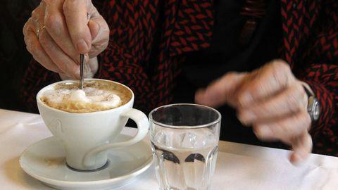 Почему кофе обязательно нужно запивать водой