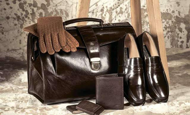 Как обновить кожаные изделия