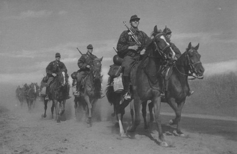 «Кавалеристы-каратели»: главные преступления дивизии СС «Флориан Гайер»