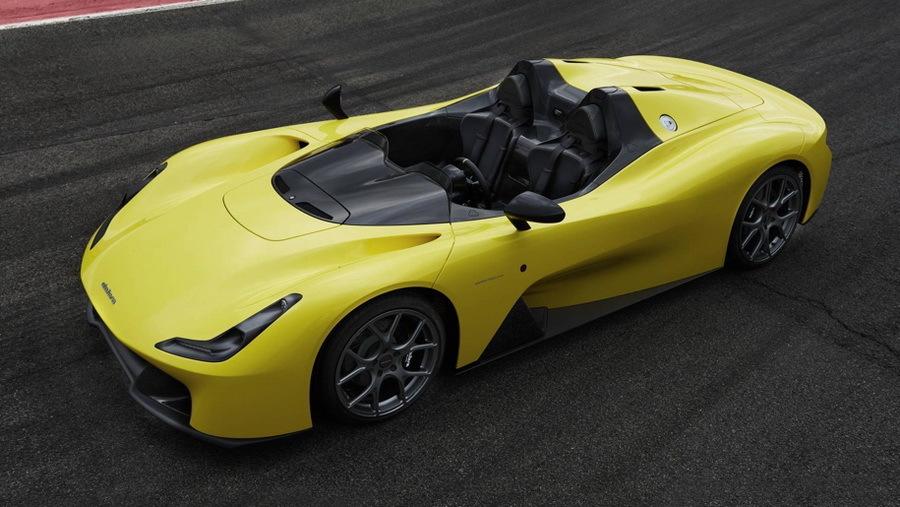 Представлен автомобиль, в котором сразу четыре машины