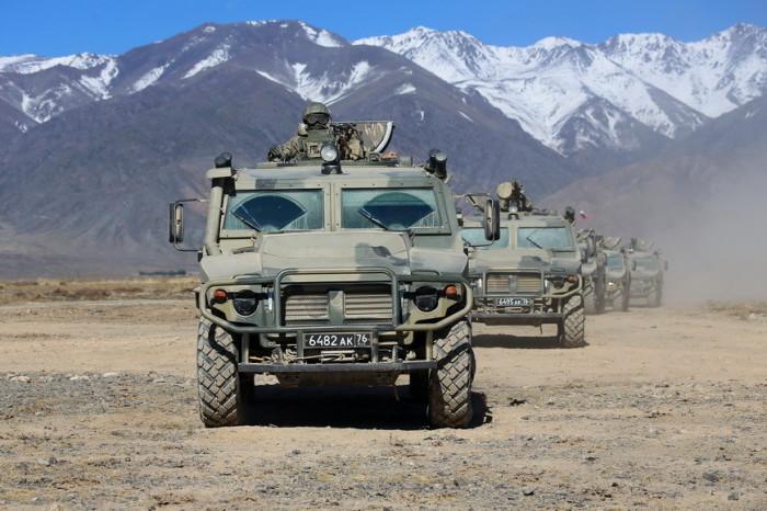 Автомобили: Русский «хаммер»: бронемобиль «Тигр», который не знает преград