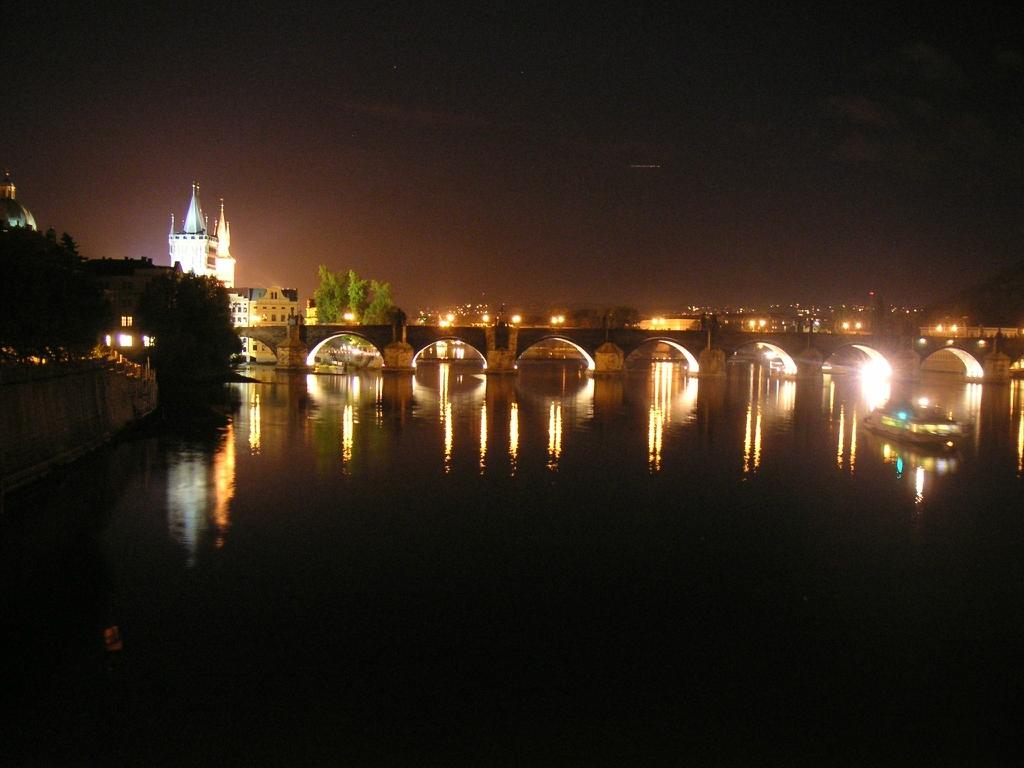 3371 «Золотые ворота» и еще 8 потрясающих мостов для пеших прогулок