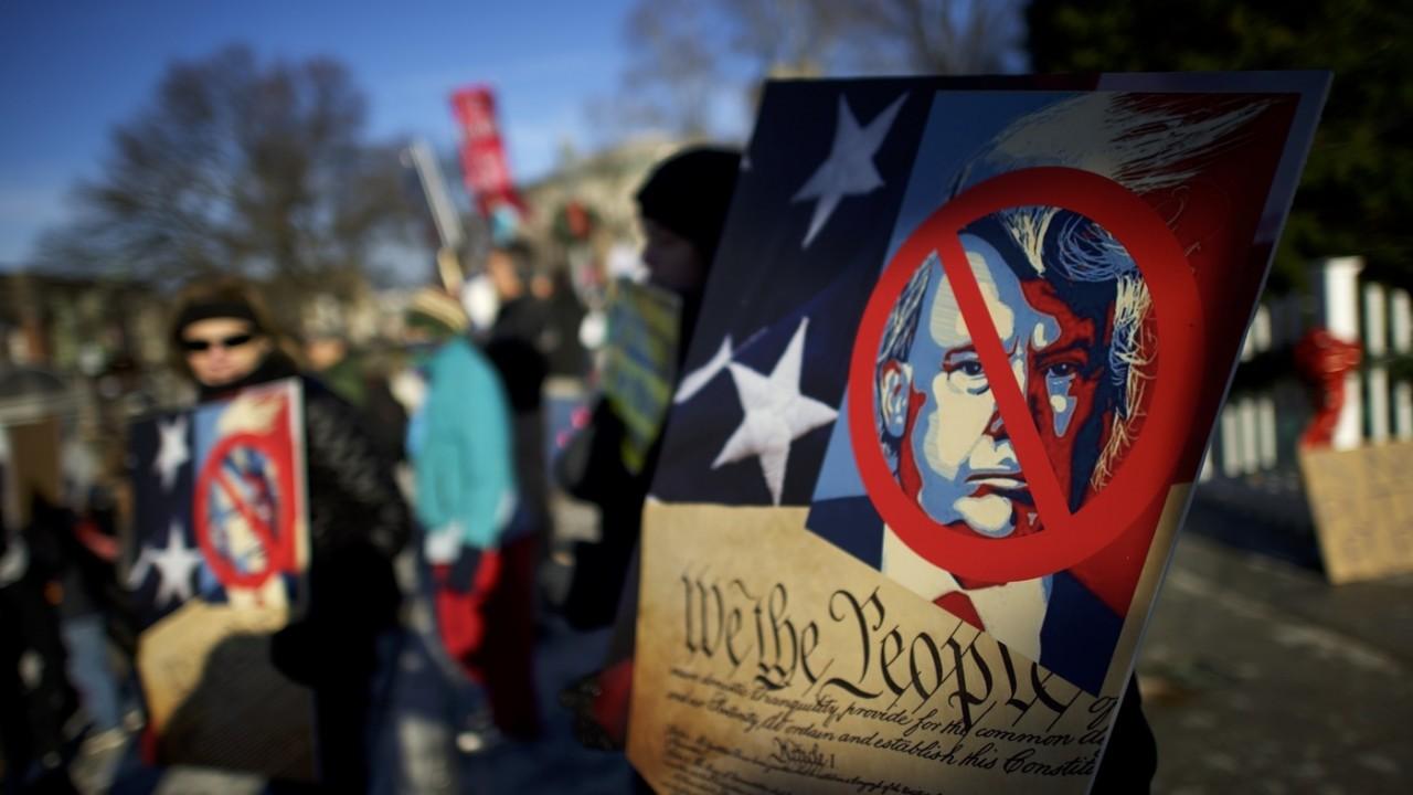 Активисты угрожают сорвать инаугурацию Трампа