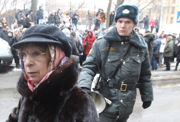 Ахеджакова: Что-то должно случиться, чтобы люди очнулись