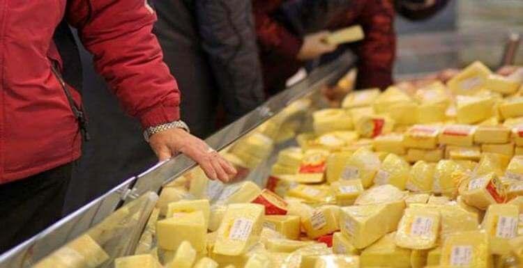 Ни в коем случае не покупайте сыр, если увидите такую надпись на упаковке