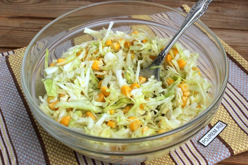 простой рецепт салата с кукурузой