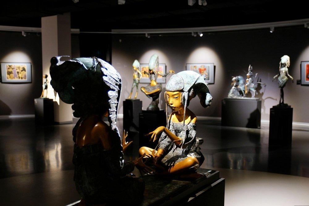 В Петербурге открылась выставка белорусского скульптора Андрея Осташова