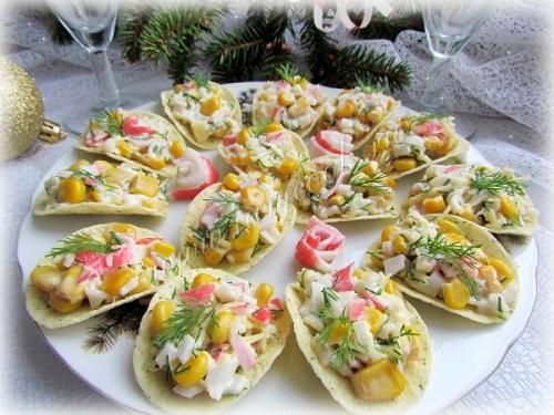 Украшения салатов и закусок к празднику с фотографиями